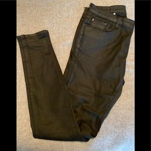 ZARA black faux leather skinny jeans in Size 4.